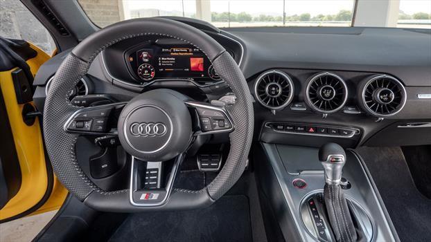 Audi TTS 2020 - interior