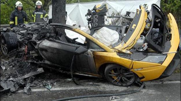 lamborghini diablo choque accidente incendio imagen foto