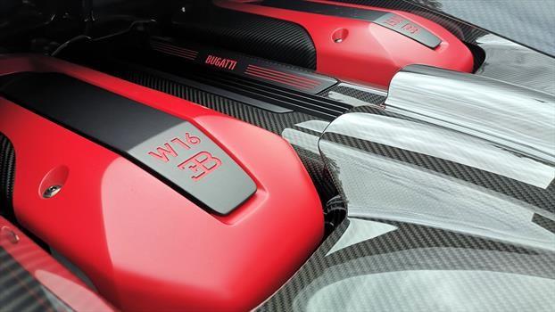 Bugatti Chiron Sport - motor