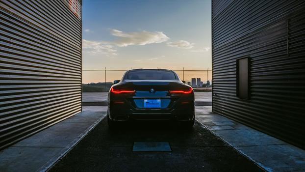 BMW Serie 8 (M850i) 2019 - trasera 1