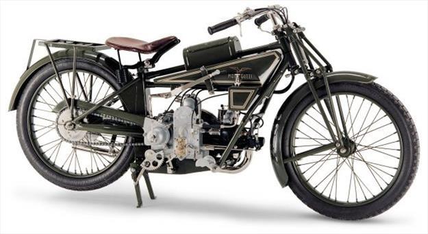 La Moto Guzzi Normale de 1921 fue la primera en ser producida en serie.