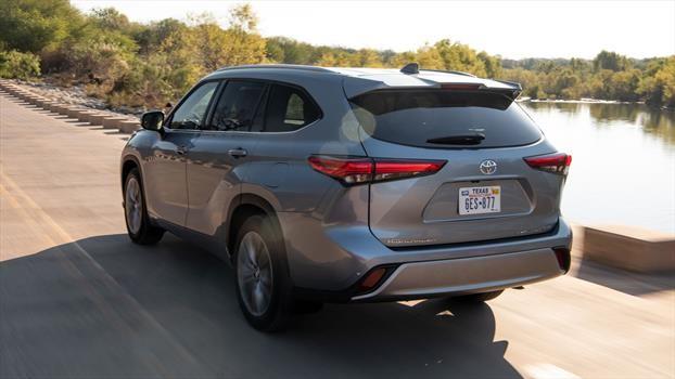 Toyota Highlander 2020 - trasera