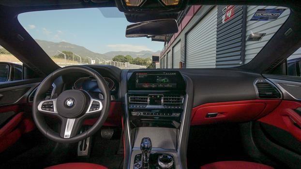 BMW Serie 8 (M850i) 2019 - interior