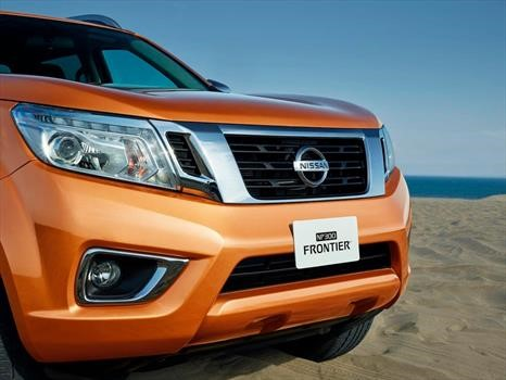 Nissan Np300 Frontier Platinum Le 2019 Llega A Mexico En 433 000